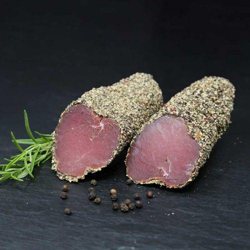luftgetrocknetes Schweinefilet mit Steinpilzmantel